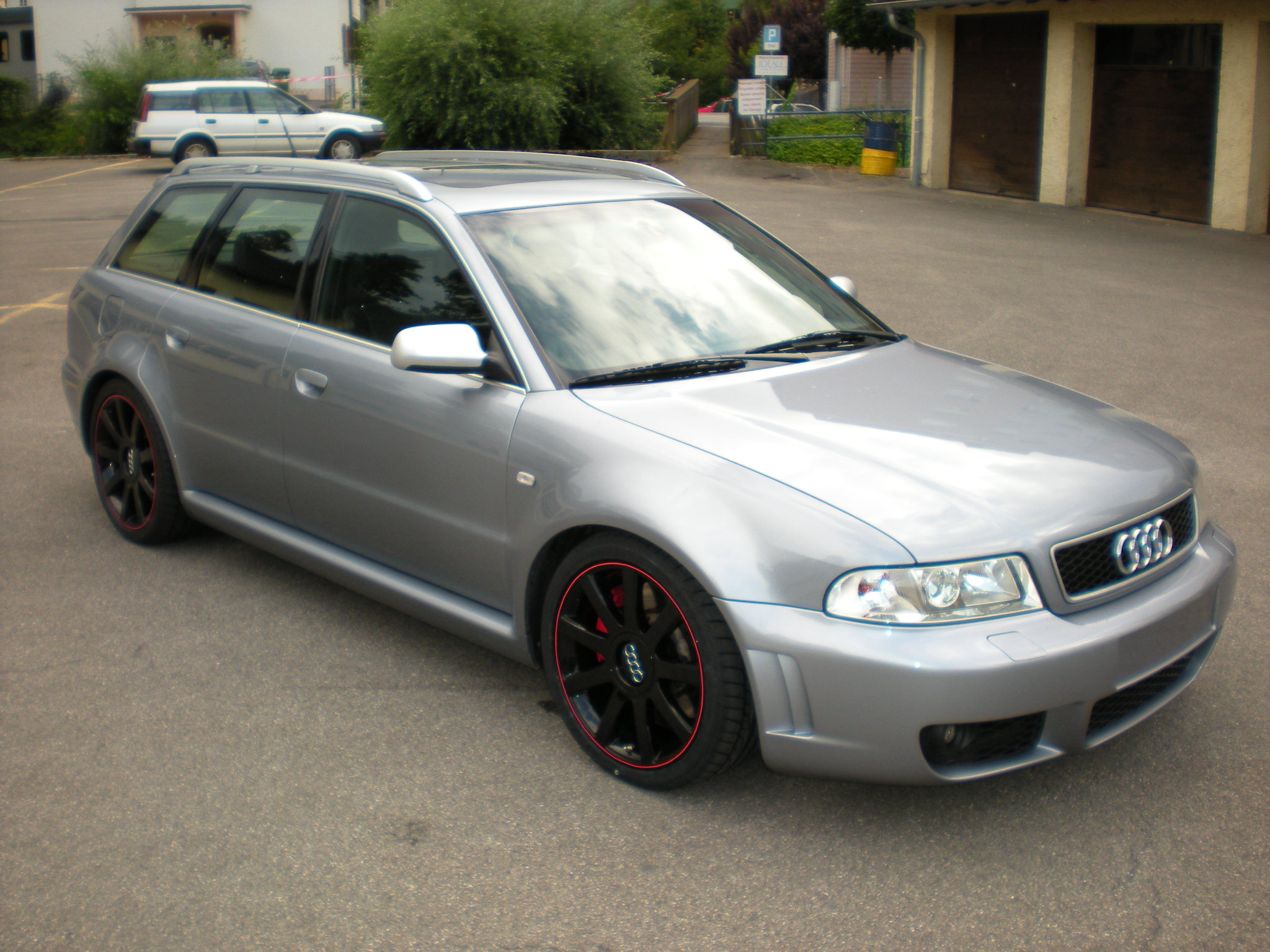 audi rs4 avant quattro  break  2 7 v6 bi-turbo 380cv