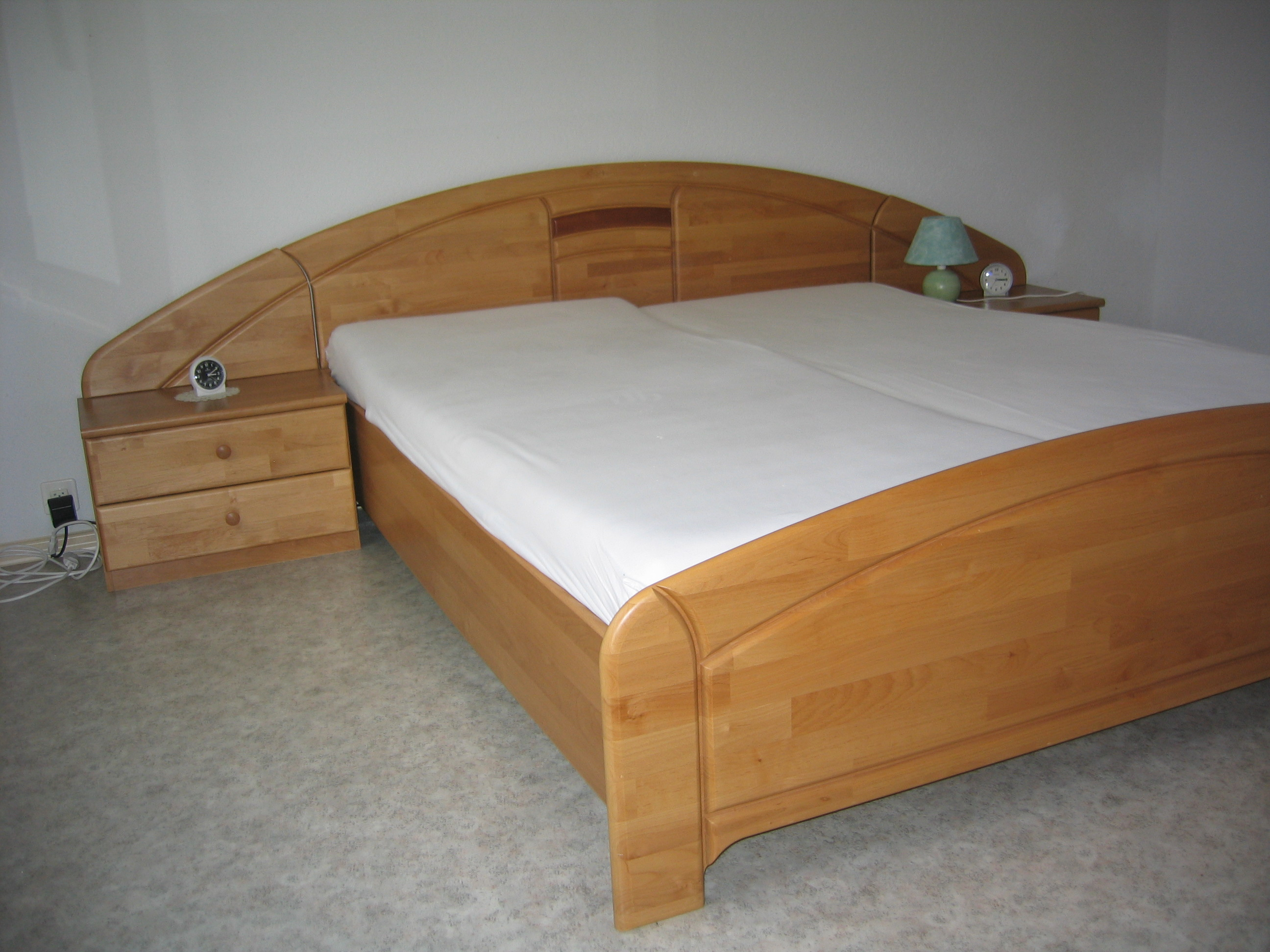 Chambre coucher compl te sur for Acheter chambre a coucher complete