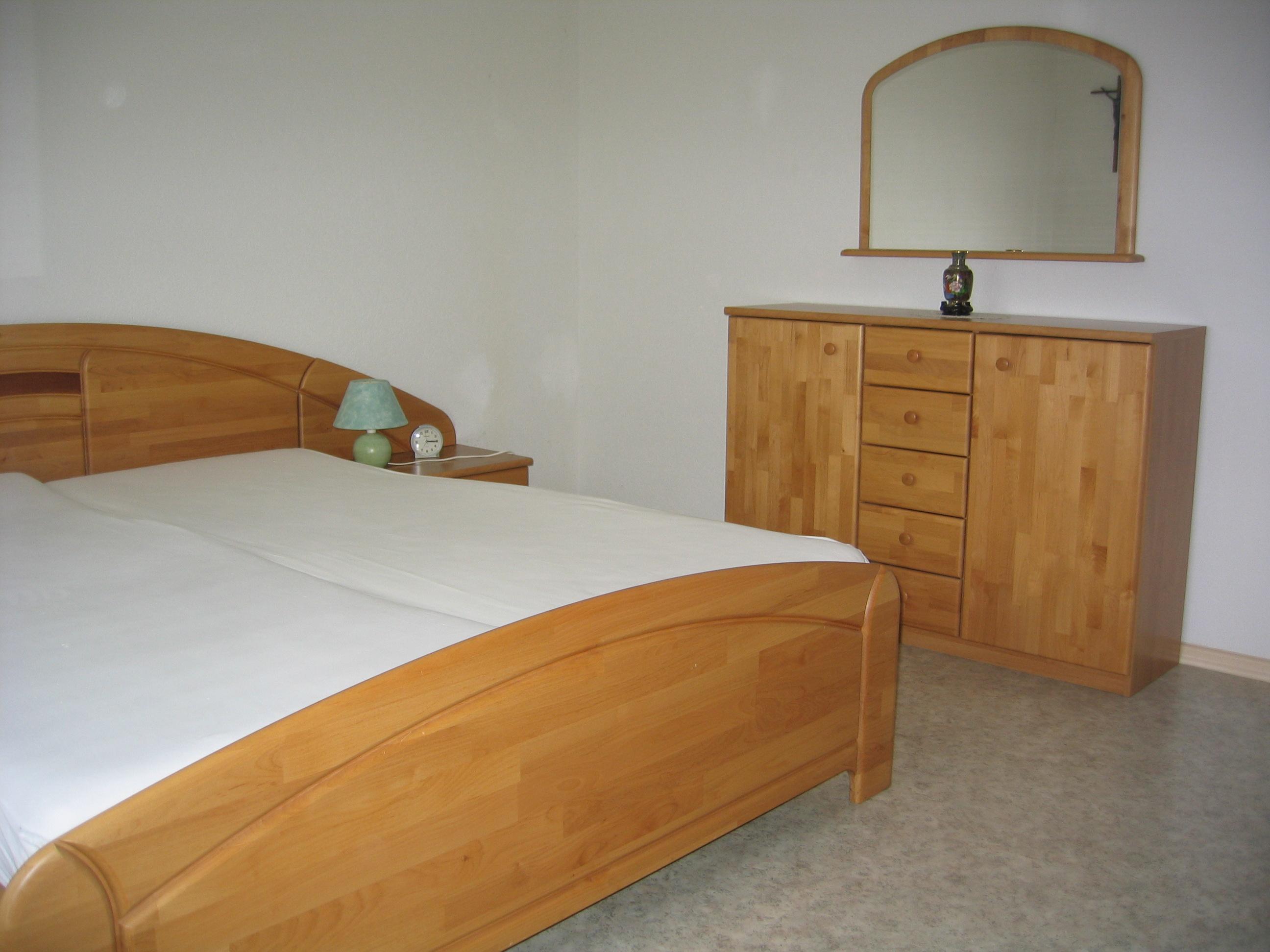 Maison Contemporaine Bois En Kit : chambre à coucher complète  Sur Adjugerch