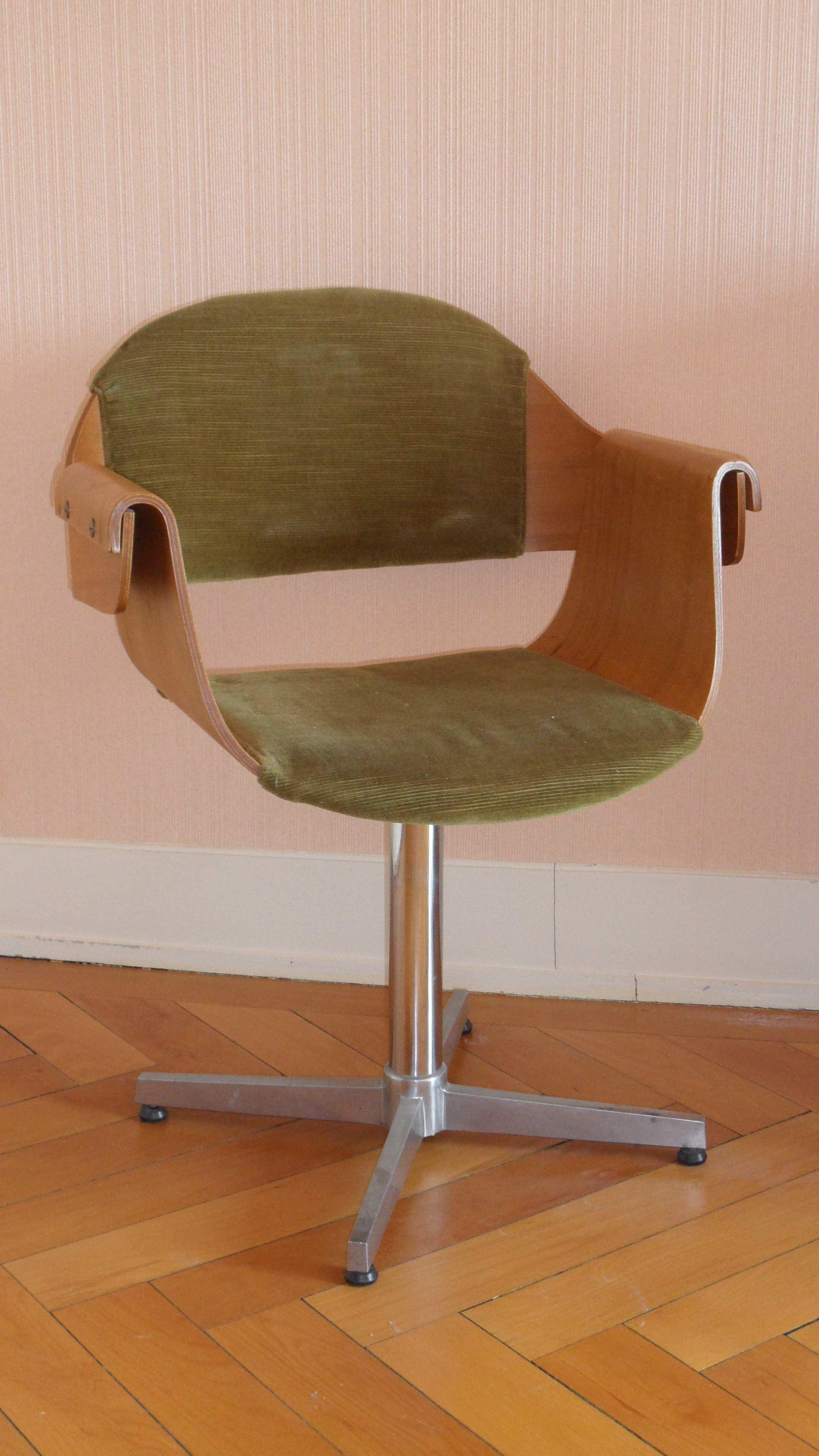 fauteuil de bureau roulette design. Black Bedroom Furniture Sets. Home Design Ideas